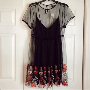 NWT: Forever21+ Mesh/Floral Dress